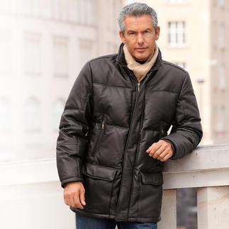 Die zeitlos schöne Winter-Lederjacke – eine Anschaffung fürs Leben. Butterweiches Rentier-Kalbnappa aussen. Warme Daunen-Füllung innen.