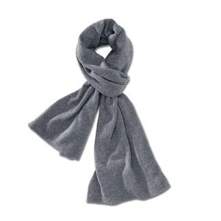 Der Schal aus feinstem Two-Ply-Kaschmir. Handgefertigt in Deutschland. Nur 800 Exemplare weltweit. Es wird nur das flaumzarte Unterhaar mongolischer Kaschmirziegen verwendet und bei Todd & Duncan versponnen.