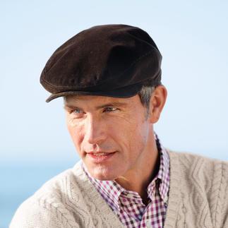 Die eleganten Hut-Klassiker mit dem Wetterschutz von heute. Von Mayser. Winddicht. Wasserdicht. Atmungsaktiv. Für Herren: klassische Roadster-Kappe.