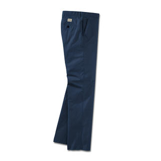 Die Funktionshose mit schlankem Chino-Schnitt. Dry-fast® sorgt für ein trockenes Körper-Klima. Baumwolle macht die Hose weich und atmungsaktiv.