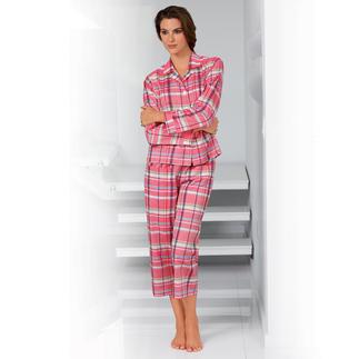 Der NOVILA Karo-Pyjama Rosé/Weiss: sorgt schon am frühen Morgen für einen guten Eindruck. Sein wertvoller Stoff kommt von einer kleinen, italienischen Traditionsweberei.
