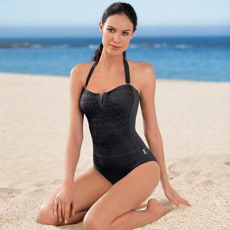 Der Badeanzug mit gehäkeltem Mascheneinsatz - für den eleganten Auftritt am Strand. Von Shan, Kanada. In Schwarz wirkt der Badeanzug sehr edel und passt zu jedem Hauttyp. Mit abnehmbarem Neckholder.