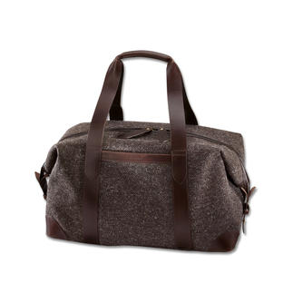 Die stilvolle Overnight-Bag aus wasserdichtem Tweed. Robust, langlebig. Made in Great Britain vom Taschenspezialisten Cherchbi.