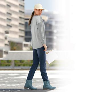 Die Edelversion des aktuellen Sweatshirts: Merino-Feinstrick mit Seidenrücken. Leicht, luftig und weich fallend - viel femininer und perfekt für den Frühling.