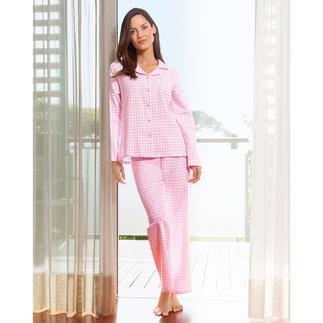 Der NOVILA Pyjama aus weichem Baumwoll-Flanell. In femininem rosa/weissem Vichy-Karo. Für den ersten guten Eindruck am Morgen.