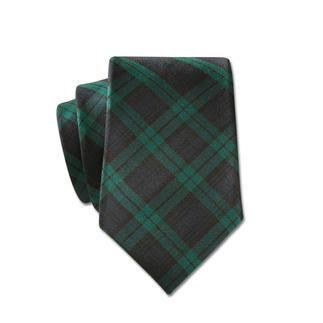 Die Krawatte mit klassisch schottischem Black-Watch-Karo auf nobler Como-Seide. Handgefertigt vom Traditions-Cravatier LACO, Hamburg.