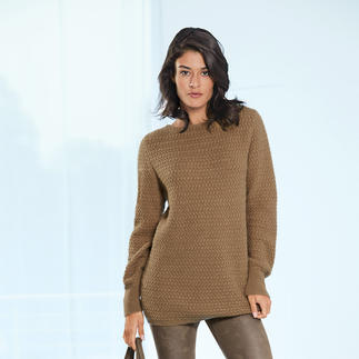 Der Pullover aus 100 % Kamelhaar - eine luxuriöse Rarität. Gesponnen in England. Gestrickt in Europa. Und doch nur 209.– Franken.
