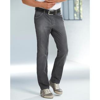 Die richtige graue Jeans - endlich. Kombinierfreudig wie Indigoblau. Aber viel dezenter und seltener.