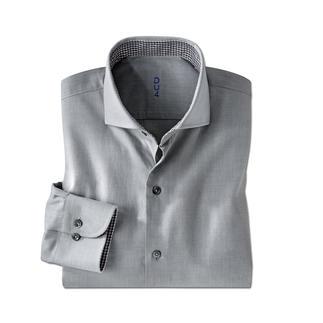 Der seltene Brushed-Twill: Flanell-Character auf leichtem Hemdenstoff. Das perfekte Hemd zum semi-korrekten Jersey-Sakko.