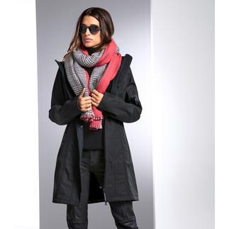 Der schicke Raincoat aus wasser-, winddichtem und atmungsaktivem Soft-Shell-Material. Dänisches Design von Ilse Jacobsen.