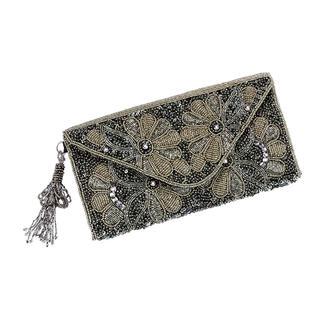 Die Clutch mit prachtvoller Perlenstickerei. Traditionell von Hand gefertigt. Jede Tasche ein Unikat.