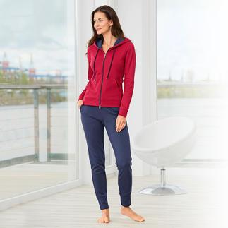 Der weiche Homesuit aus handgepflückter peruanischer Pima-Cotton. In stilvollem Colour-Blocking.