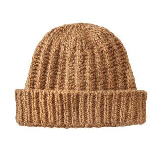 Die Mütze aus seltenem, luxuriösem Kamelhaar. Flaumweich. Wunderbar wärmend. Von der Natur gefärbt.