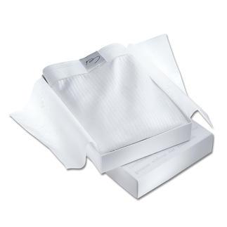 Die NOVILA-Unterwäsche aus begehrter GIZA 70-Baumwolle. Gefertigt vom Wäschespezialisten NOVILA/Schwarzwald. Ein seidenzartes Nichts auf Ihrer Haut – dabei strapazierfähig, formtreu und pflegeleicht.