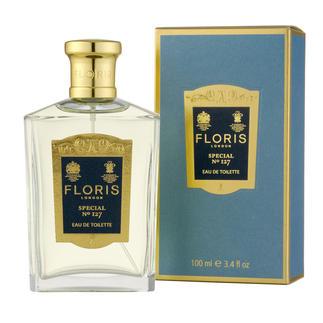"""Das berühmte """"Floris No. 127"""". Komponiert im Jahre 1890 für den russischen Grossfürsten Orloff. Einer der ersten Herren-Düfte, der auch von Frauen getragen wurde. Eine der berühmtesten war Evita Peron."""