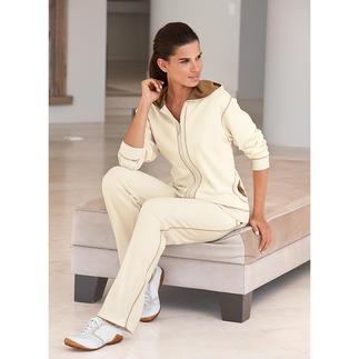Der Pima-Cotton-Anzug: kuschelweich, superbequem – und trotzdem sehr gepflegt. Sogar strassentauglich. Am Ende eines langen Tages verwöhnt Sie der weiche Komfort handgepflückter, peruanischer Pima-Cotton.