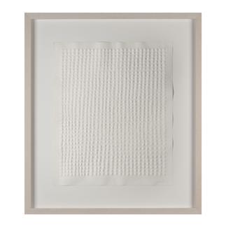 Günther Uecker – Reihung, 1972 Prägedruck auf 300-g-Büttenpapier  Auflage: 100 Exemplare   Exemplar: e. a.  Blattgrösse (B x H): 50 x 60 cm   Masse: gerahmt 74 x 84 cm