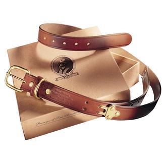 Der Gürtel mit neun Grössen. Von Colonel Littleton, Lynnville/Tennessee. Aus dem gleichen robusten Leder gefertigt, das für Zügel und Zaumzeug zum Einsatz kommt.