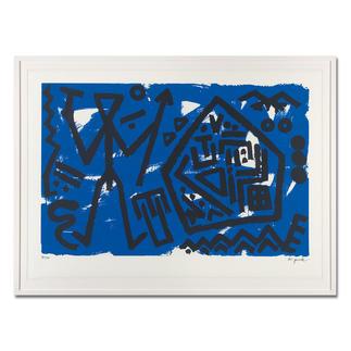 """A. R. Penck – Pentagon blau A. R. Penck: Die ersten Exemplare seiner viele Jahre unter Verschluss gehaltenen Edition """"Pentagon blau"""". Masse: gerahmt 118 x 88 cm"""