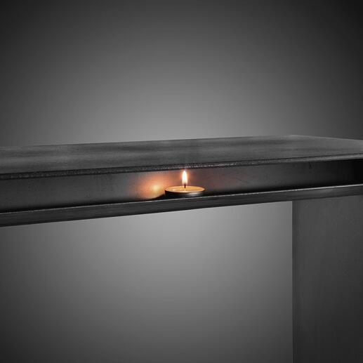 Die sorgfältig angeschweisste Teelicht-Ablage fügt sich perfekt in das puristische Design Ihrer Wärmebank ein.