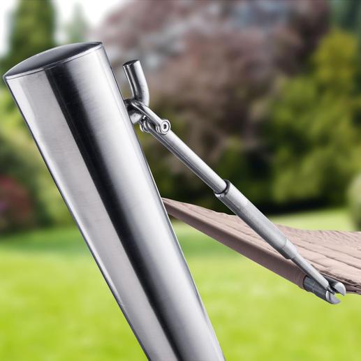 Mit den 4 längenverstellbaren Aufhängestangen können Sie die Spannung der Polstermatte individuell regulieren.
