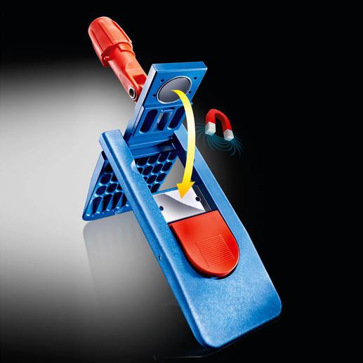 Der Profi-Klapphalter schliesst komfortabel per Magnet. Zum Lösen genügt ein Tritt auf die rote Taste.