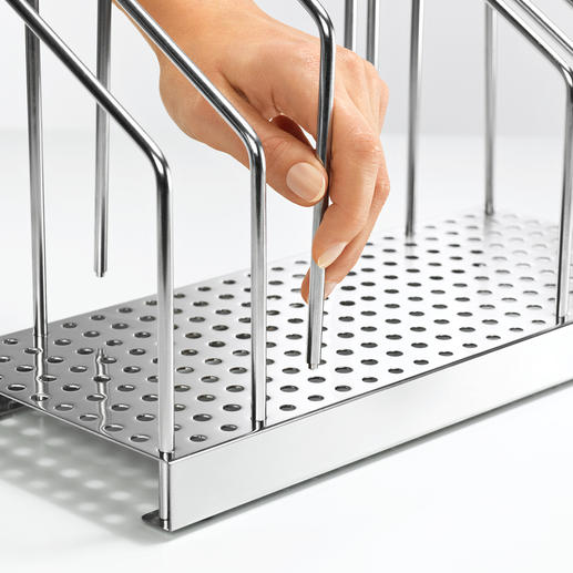 Geniales Stecksystem: Mit einem Handgriff passen Sie die Fächer schmalen Heften oder seitenstarken Bänden an.