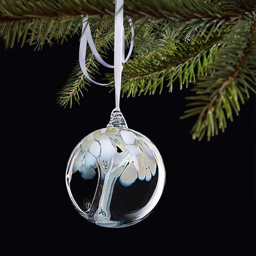 """Mundgeblasene Glaskugel - Mit faszinierendem Innenleben. """"Tree of life"""", Symbol des Wachstums, der Stärke und des Lebens."""