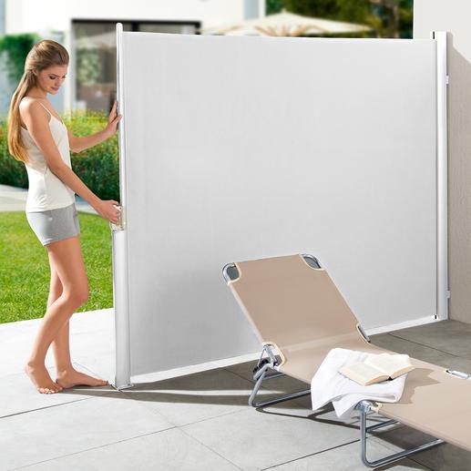 Ausziehbare Seitenmarkise - Ihr perfekter Sonnen-, Sicht- und Windschutz: mit einem Handgriff parat. Nie im Weg.