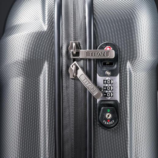 Mit dem TSA-Spezialschloss schützen Sie den Inhalt Ihres Gepäcks vor unerwünschtem Zugriff. Und Ihren Koffer vor dem gewaltsamen Öffnen durch das US-Sicherheitspersonal.