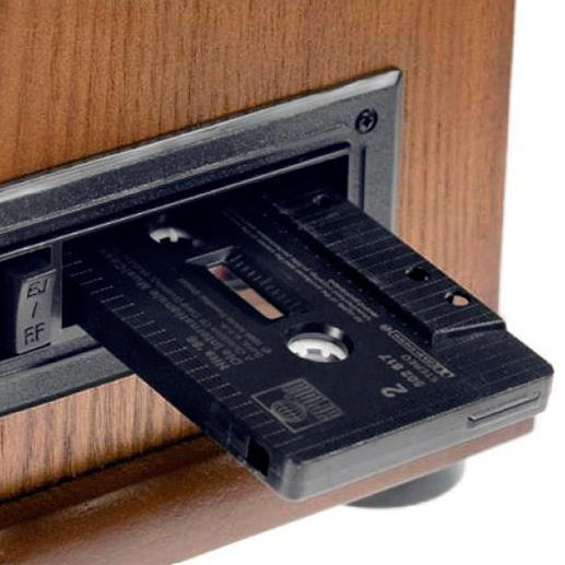 Kassetten-Fach zum Abspielen Ihrer analogen Schätze (und gleichzeitigem Umwandeln in MP3-Files).