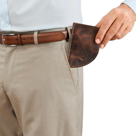 Die Pocket-Börse ist so geschnitten, dass sie perfekt in die Vordertasche Ihrer Hose passt.