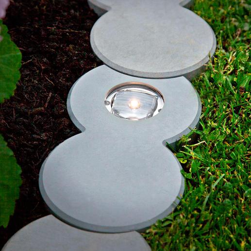 Da es keine offenen Fugen gibt, wächst auch kein Unkraut zwischen den Steinen.