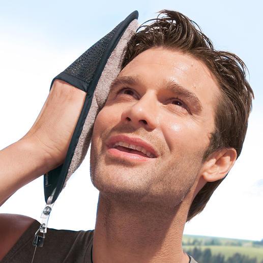 Sweatpaw Sporthandschuh - Ein Griff, ein Wisch – und kein Schweiss läuft ins Auge. Geniales Schweisstuch in praktischer Handschuh-Form.