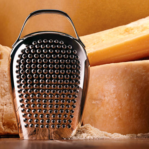 """Alessi Käsereibe """"Cheese Please"""" - So originell kann die perfekte Käsereibe sein. Ein cooler Design-Blickfang in der Küche und bei Tisch."""