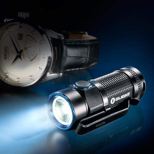 Olight™ S1 Baton - Winzig klein – mit riesiger Lichtleistung. 500 Lumen Lichtstrom. Bis zu 110 m Leuchtweite. 4 Helligkeits-Stufen.