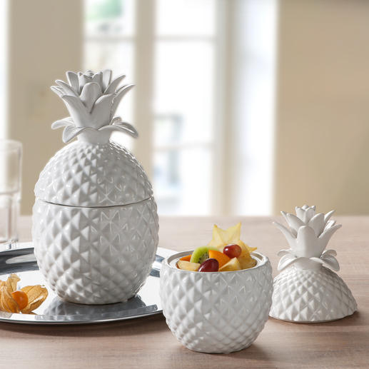 Keramik-Ananas - Trend-Thema Tropen-Früchte. Stilvoll umgesetzt.