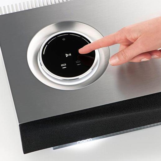 Das Lautsprechersystem wird per Joggle gesteuert.