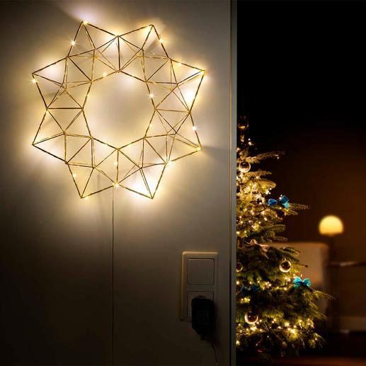 Pyramiden-Lichterstern - Von kubistischer Kunst inspiriert ist dieser zierliche Lichterstern im neuen, grafisch klaren Design.