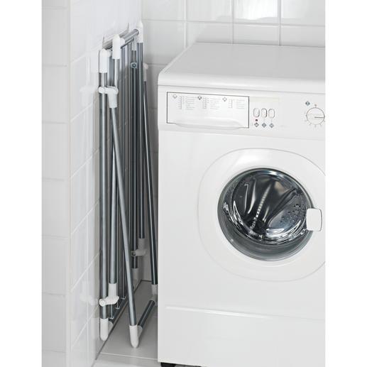 Flach zusammengeklappt misst der Wäscheständer gerade mal 15cm B und lässt sich so gut verstauen.