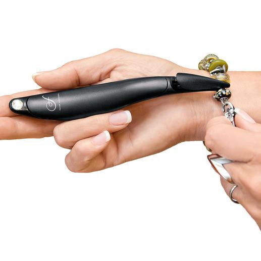 """Armband-Schliesshilfe - Mit der """"verlängerten Hand"""" schliessen Sie Ihre Armbänder jetzt ohne Verrenkungen und ohne Hilfe."""