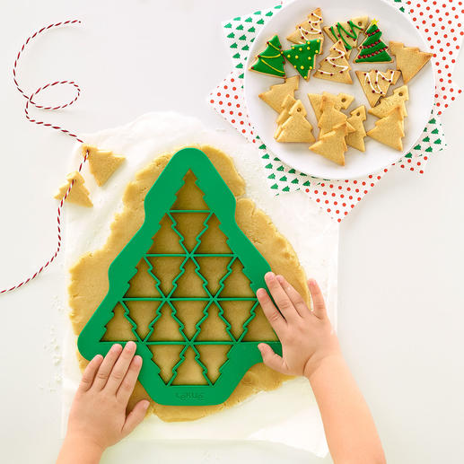 Ausstech-Schablonen, 3er-Set (Tannenbaum, Herz, Schneeflocke) Mit einer Ausstechform: bis zu 19 (!) perfekt geformte Kekse zugleich. In unterschiedlichen Formen und Grössen.