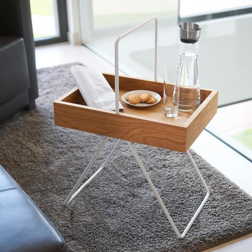 """Tablett-Tisch """"Emil"""" Vielseitig, platzsparend, leicht und mobil. Aus wertvollem Eichenholz und Aluminium."""