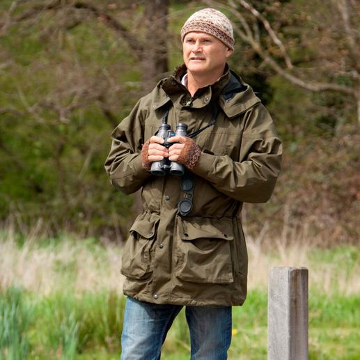 """Simon King – populärer britischer Naturfachmann (*1962), Tierfilmer, Fotograf und Moderator der 2009 für seine Verdienste um den Wildtierschutz mit dem """"Order of the British Empire"""" geehrt wurde."""