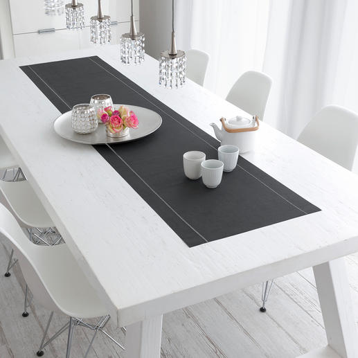 Ein Blickfang auf Ihrer Tafel: beide Baumwoll-Tischläufer aneinandergelegt. Perfekt auch für lange Tische.