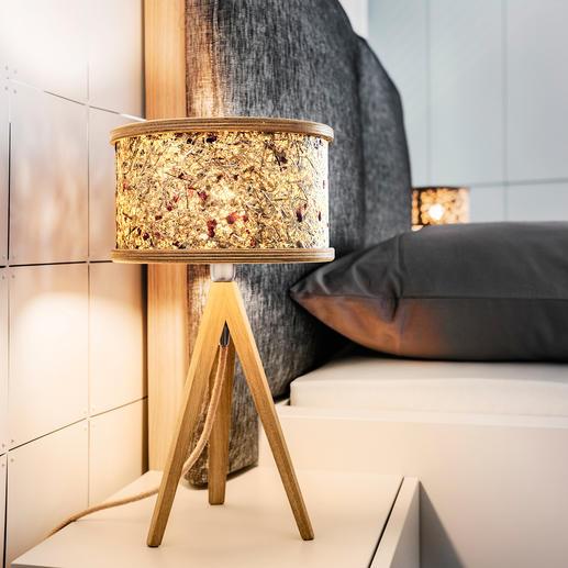 Almheu-Leuchten Einzigartige Natur-Materialien zaubern die Wohlfühlatmosphäre moderner Bergwelt. Vom Tiroler Design-Label ALMUT von Wildheim.