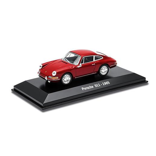 Bei Pro-Idee inklusive: Original Porsche 911er Modellauto im Massstab 1:43.