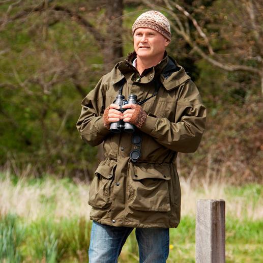 """Simon King – britischer Naturfachmann (*1962), Tierfilmer, Fotograf und Moderator wurde 2009 für seine Verdienste um den Naturschutz mit dem """"Order of the British Empire"""" geehrt."""