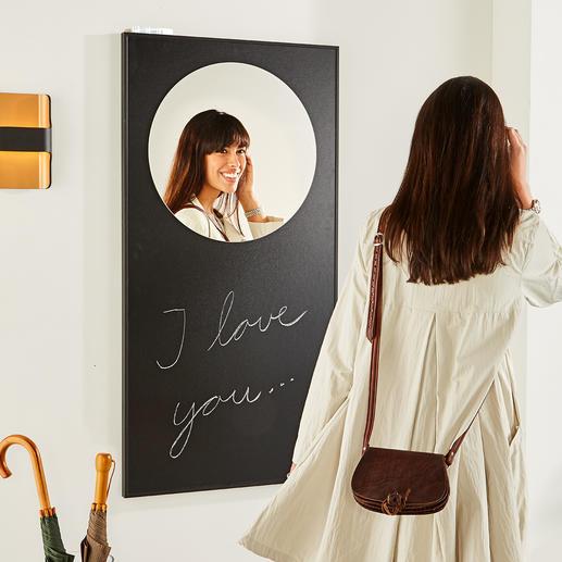 Wandspiegel Kunstvoll wie ein Bild: der Spiegel im grossflächig schwarzen Rahmen.