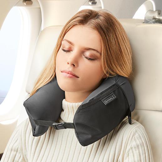 3-in-1 Travel Pillow - Nackenkissen, Komfort-Kopfkissen und Kissen-Topper in einem. Zusammengerollt kaum grösser als eine Mango.